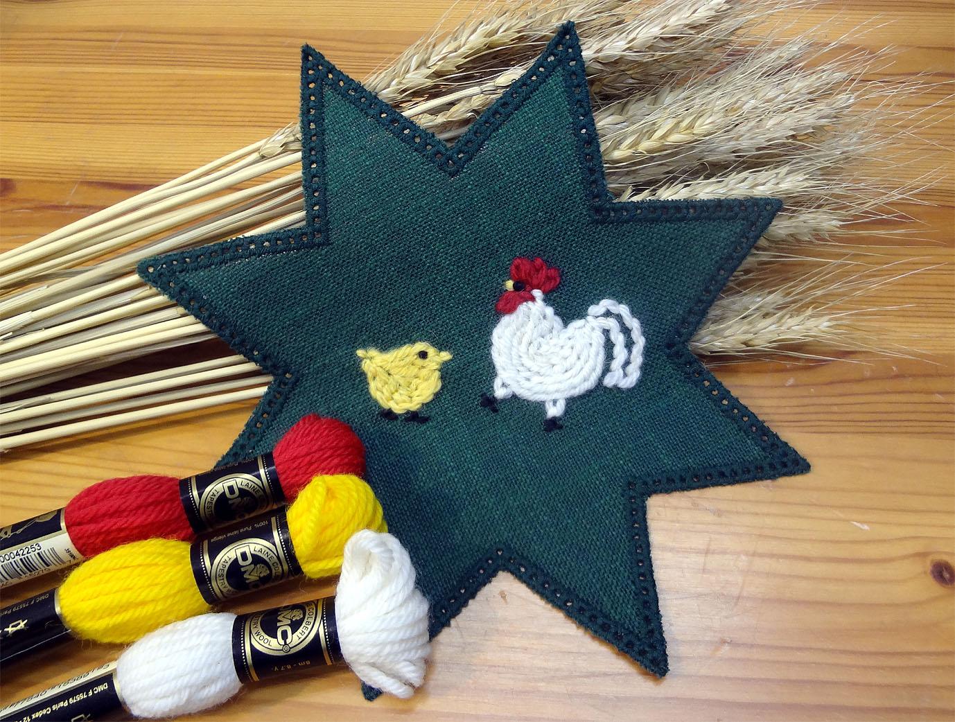ウール刺繍「ニワトリの親子」