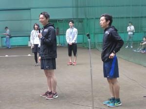 仁井講師(左)と秋澤講師(右)